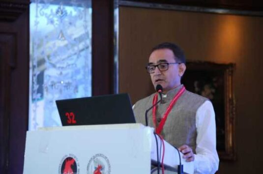 """Dr. Sarat Chandra delivered a lecture on """"LMCA"""